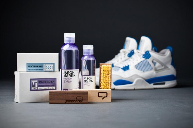 jason-markk-premium-sneaker-cleaning-kit-1