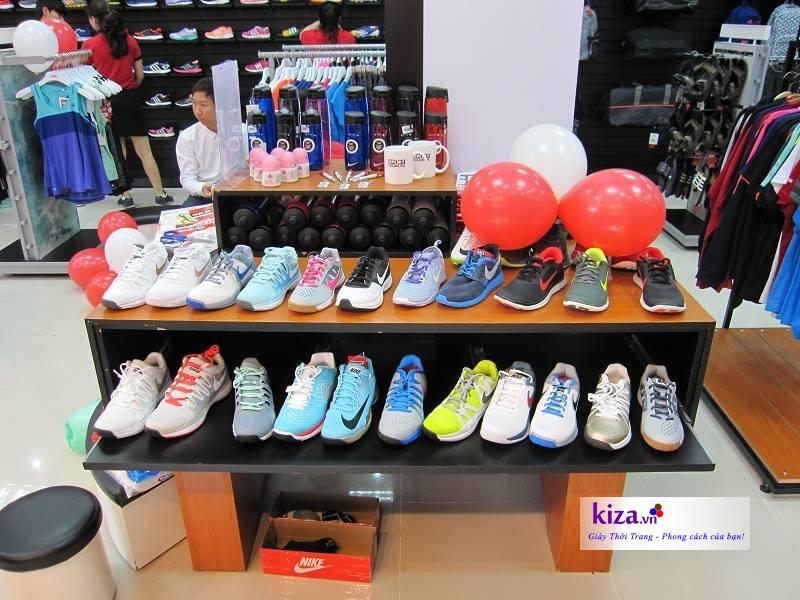 mua giày NIKE chính hãng ở đâu