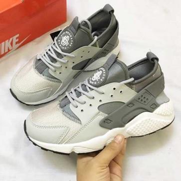 Mua Giày Nike Huarache xám trắng 002