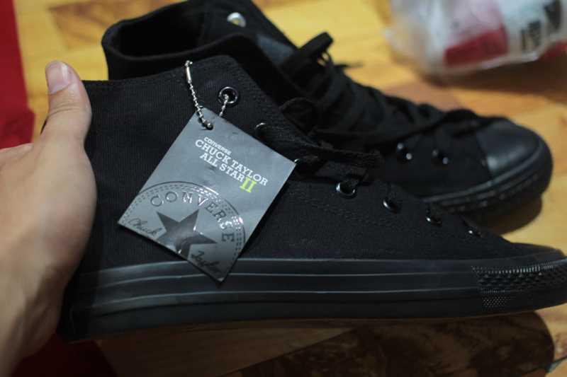 mua giầy converse chuck 2 đen full cổ cao 002