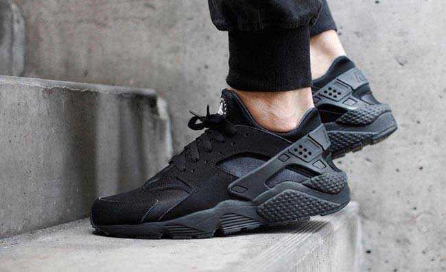 Giày Nike Huarache đen full 44