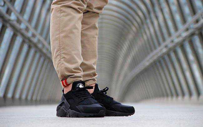 Giày Nike Huarache đen full 33