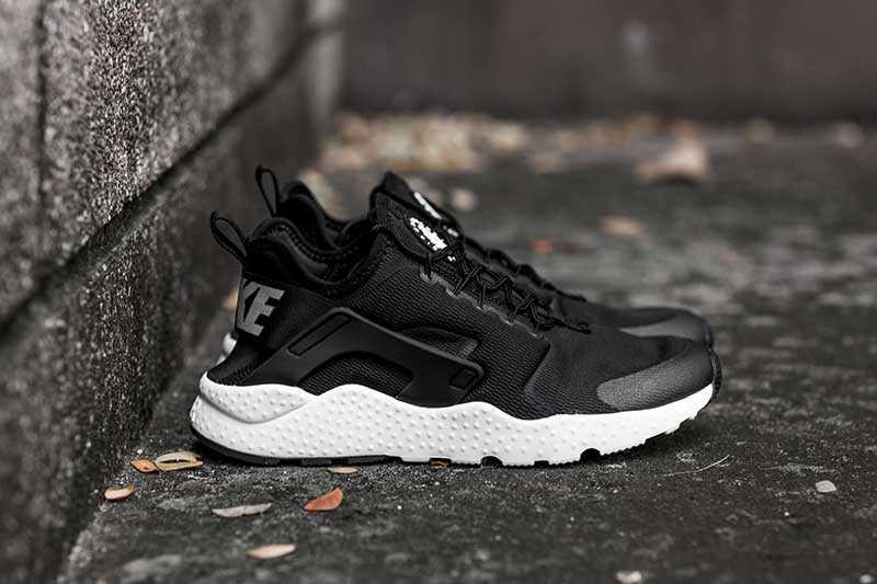 Giày Nike Huarache đen trắng 005