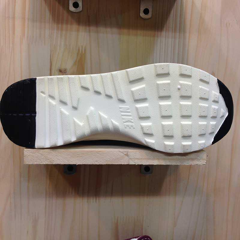 Giày Nike Air Max Thea đen trắng 09