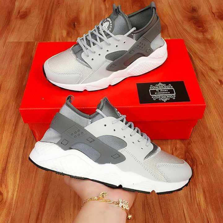 Giày Nike Huarache xám trắng 002