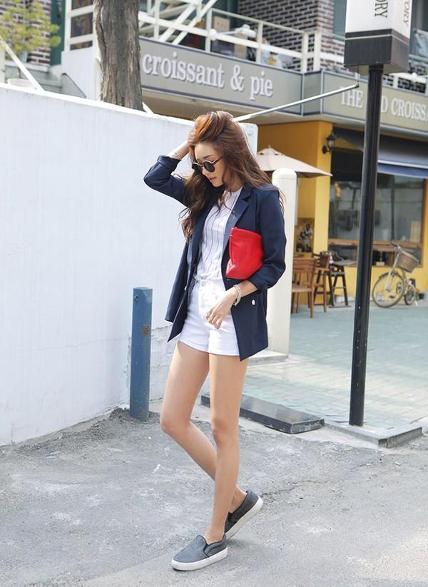 Phối giày vans nữ với quần sooc jean