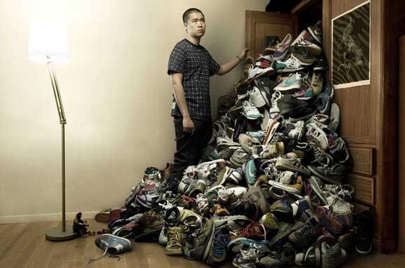 Bộ sưu tập khủng vì đam mê giày sneaker