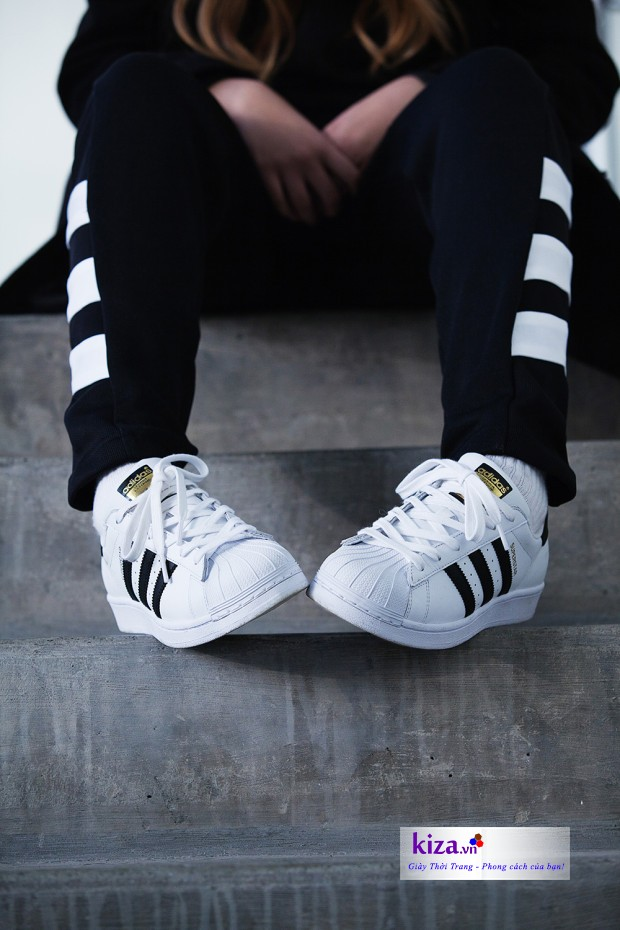 Adidas Superstar nữ