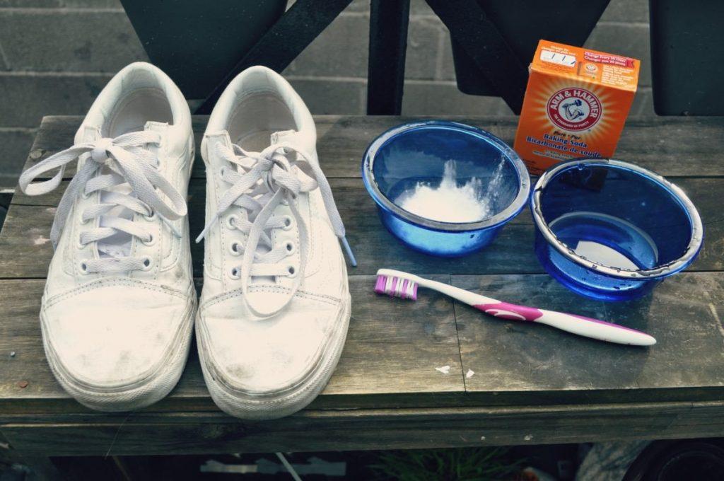 Cách vệ sinh giày thể thao đơn giản hơn bạn nghĩ