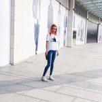 8 cách phối đồ với giày converse cổ cao nữ
