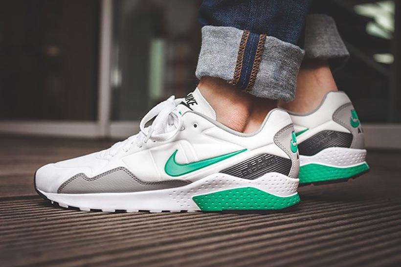 Nên chọn mua giày Nike vào buổi chiều tối