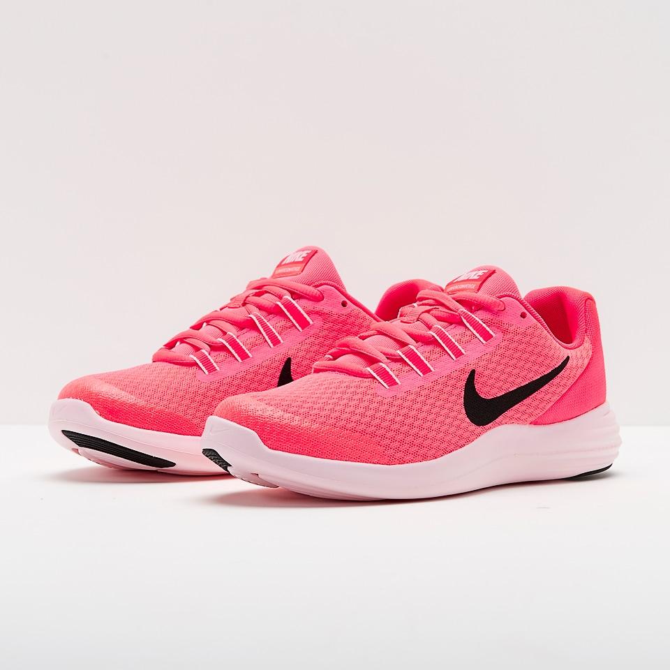 Nike nữ trẻ trung hấp dẫn