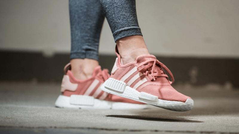 Giày Adidas NMD nữ Rawping là một đôi giày được rất nhiều bạn lựa chọn