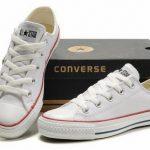 Mạch bạn cách khử mùi hôi giày Converse