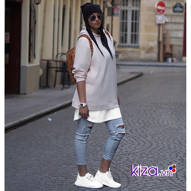 Phối đồ layer cùng giày Adidas