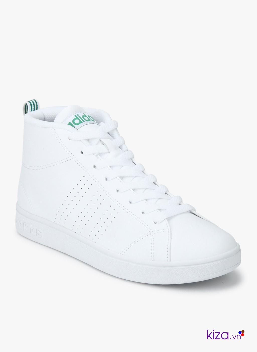 Một đôi giày Adidas nam màu trắng nhất định bạn phải có