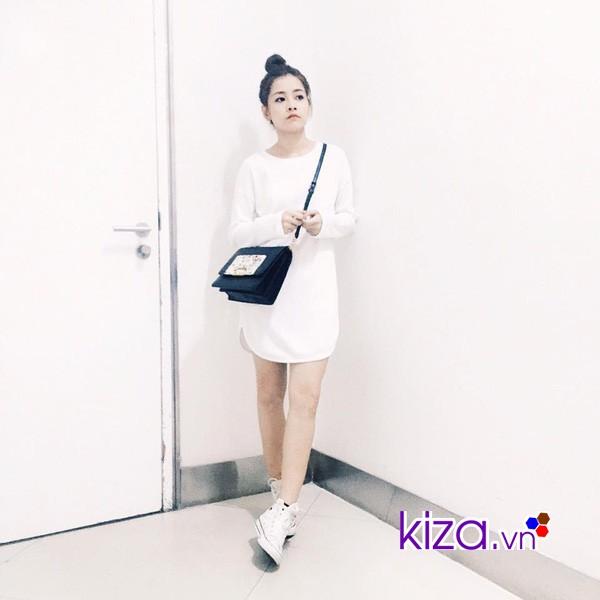 Năng động cùng váy suông trắng và giày Converse