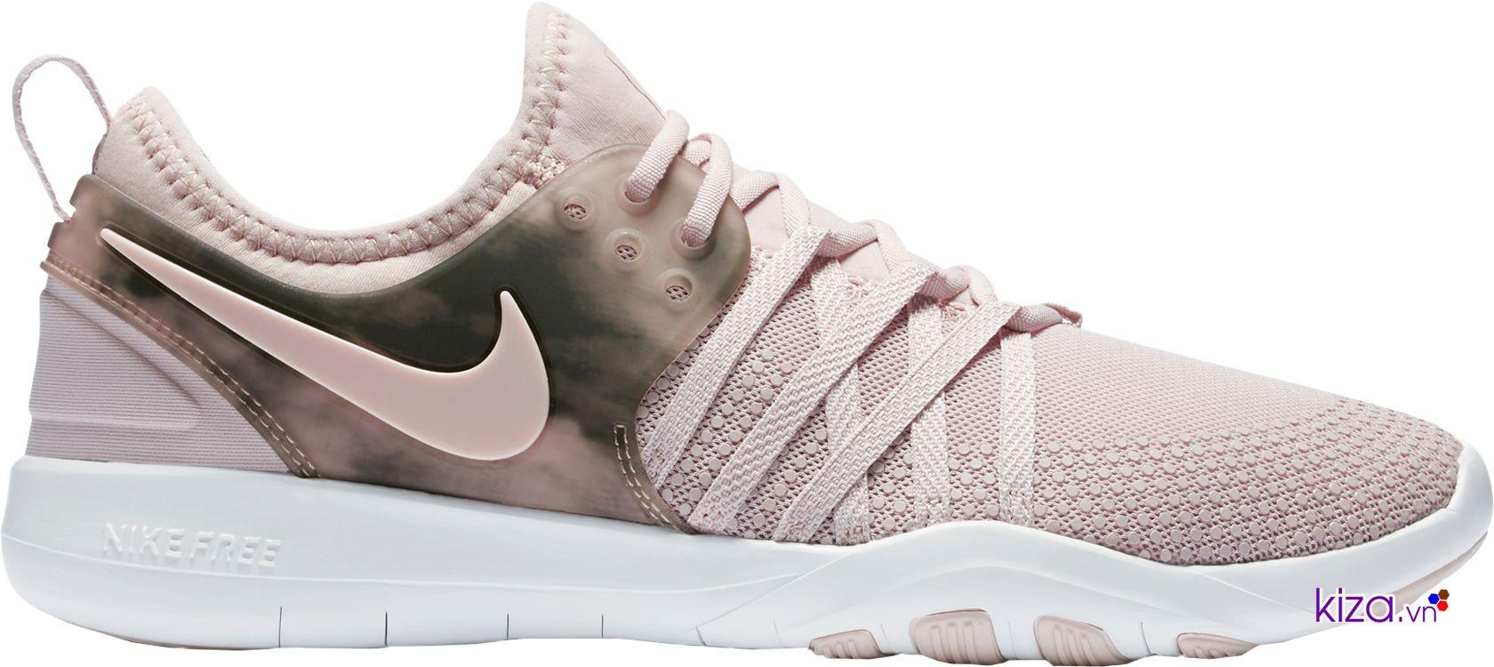Phí ship khi đặt đôi giày Nike trên web khá cao