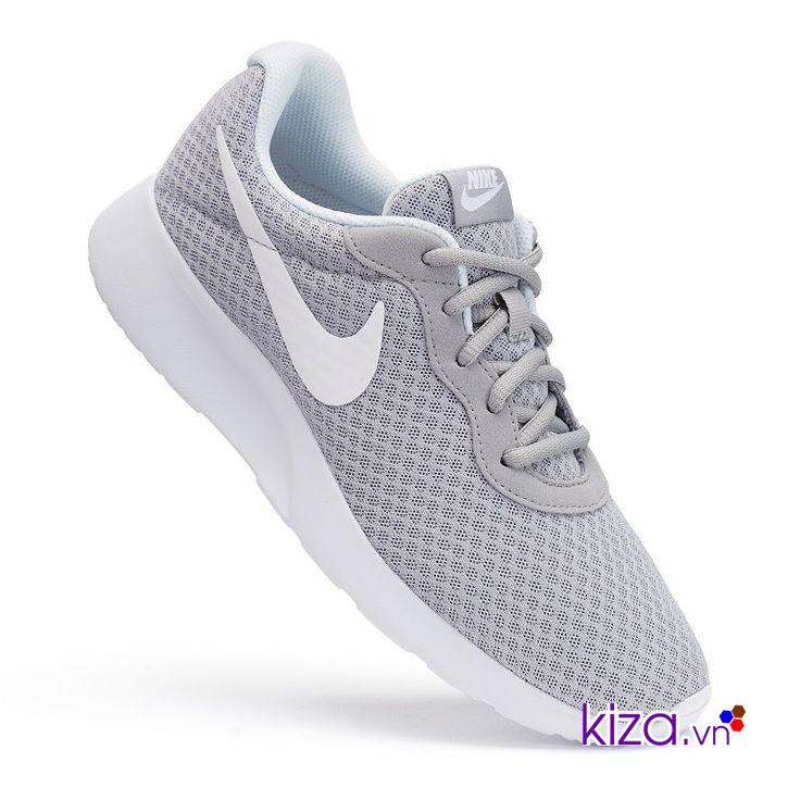 Canh thời điểm săn giày Nike giảm giá