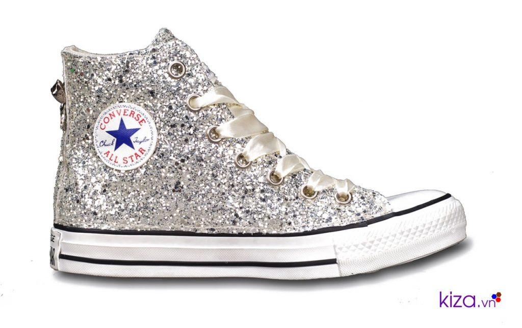 Chọn địa điểm uy tín để mua giày Converse online
