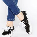 Vẻ đẹp đến từ sự đơn giản của giày Vans classic nữ