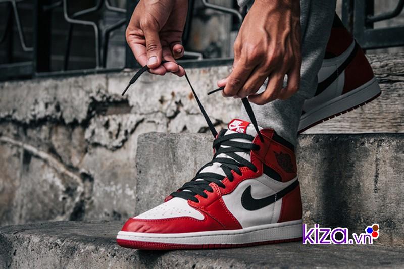 Đôi giày Nike Air Jordan 1 đẹp hoàn hảo