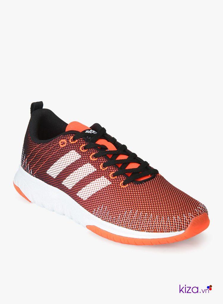 Adidas neo có giá mềm hơn so với Addias Original