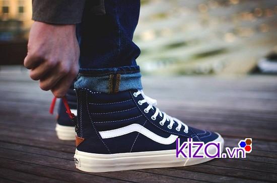 Giày vans SK8 đen rất được lòng giới trẻ