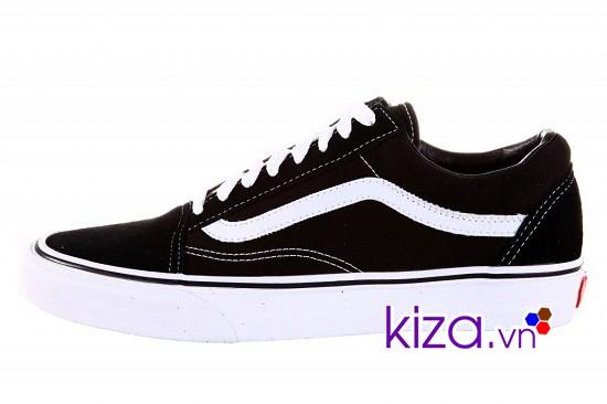 Thiết kế giản dị đã đưa Vans old skool trở thành đôi giày mà ai ai cũng khao khát