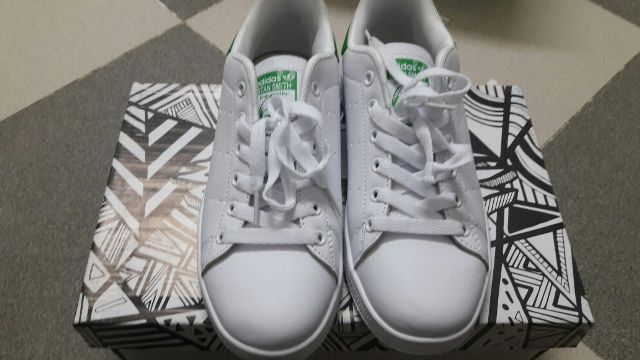 Shop giày adidas chính hãng tại tp HCM