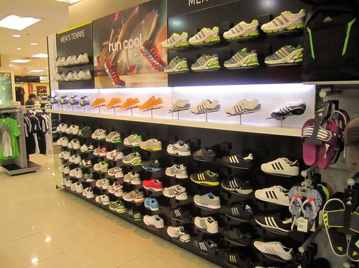 Cửa hàng adidas chính hãng tại Hà Nội