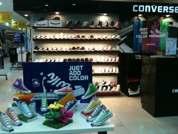 Giầy converse chính hãng hà nội với hệ thống cửa hàng rải khắp