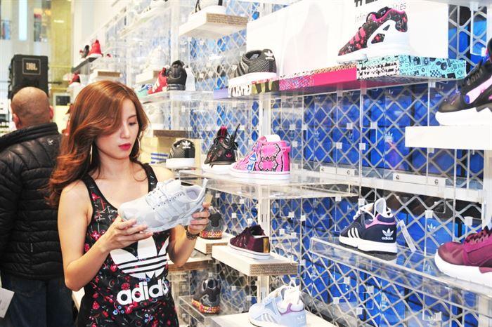 Adidas DIAMOND - cửa hàng adidas hồ chí minh
