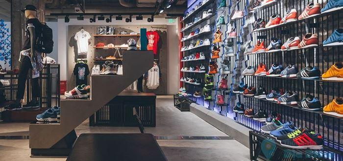 Mua giày adidas chính hãng ở tphcm tại shop