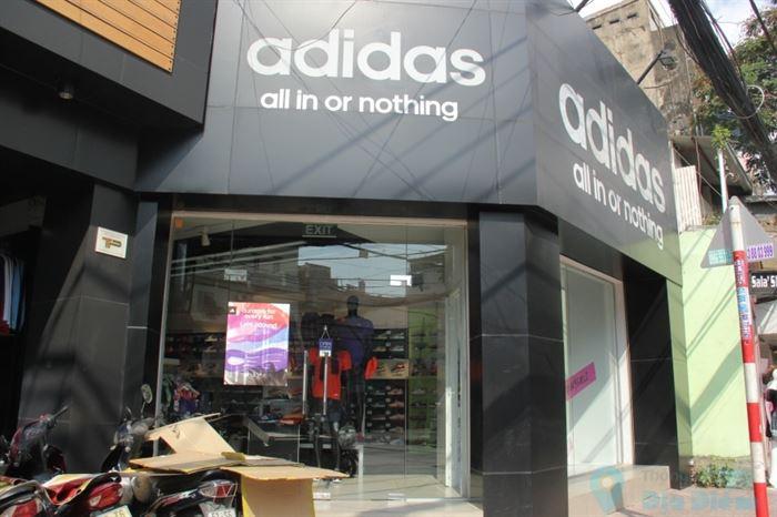 Cửa hàng adidas chính hãng tphcm dẽ tìm hơn bạn nghĩ!
