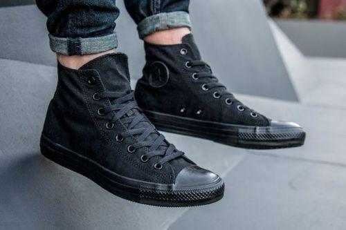 các loại giày converse - giày converse đen tuyền cao cổ