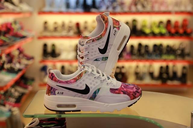 Những đôi giày nike đẹp nhất - giày nike air max