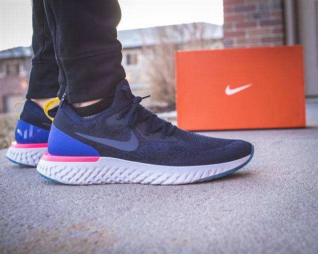 Giày chạy bộ Nike Epic React Flyknit