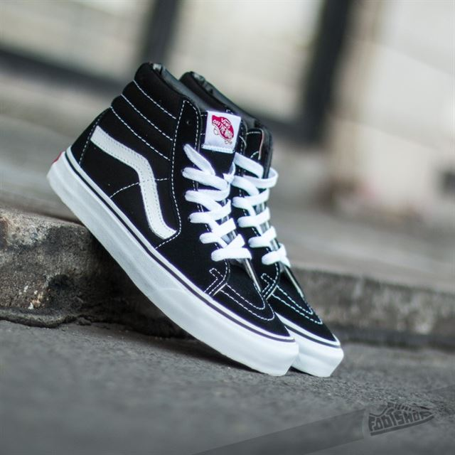 Những mẫu giày vans đẹp cho bạn trẻ