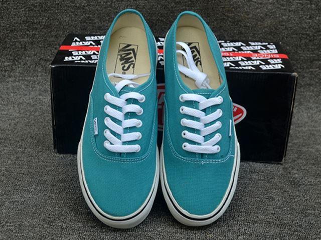 Giày vans classic màu xanh ngọc - được bạn trẻ săn đón