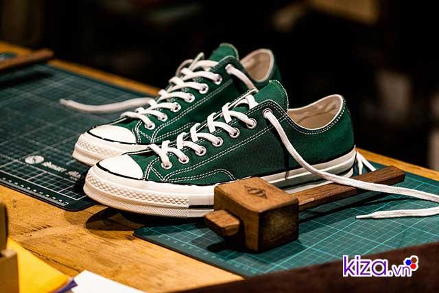 5da54030848a Cho dù thế giới thời trang có biến đổi như thế nào đi nữa. Thì lịch sử giày  converse 1970s đã chứng minh cho thế giới hiểu rằng  Converse sẽ luôn  trường ...
