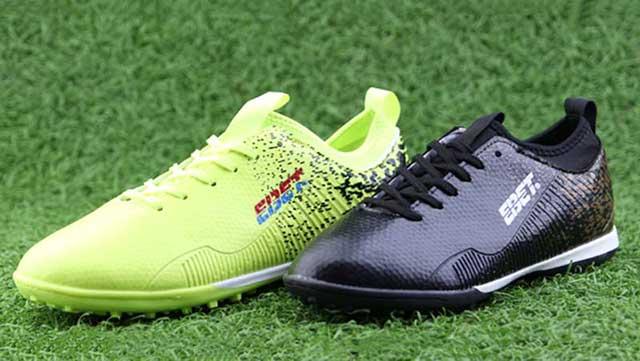 chọn giày bóng đá theo cá tính của bạn