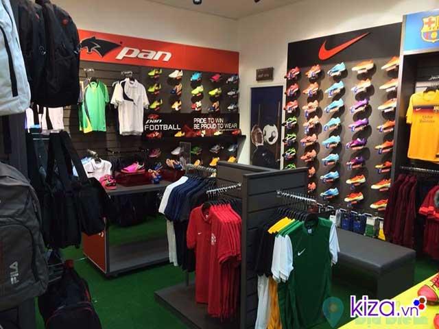 Cửa hàng giày và quần áo Nike