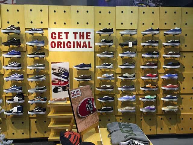 Cửa hàng giày vans chính hãng tại Hà Nội