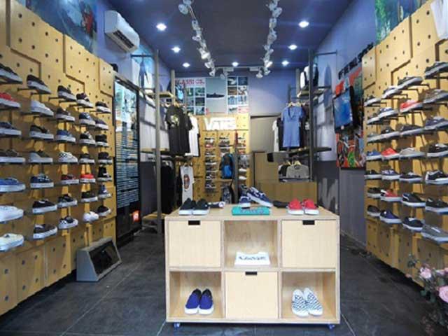 cửa hàng bán giày vans chính hãng Ha Noi