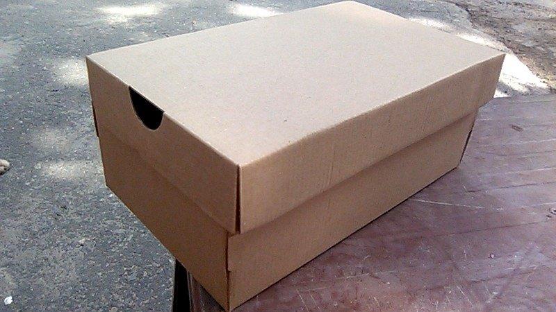 Hộp giày bằng giấy tiện lợi