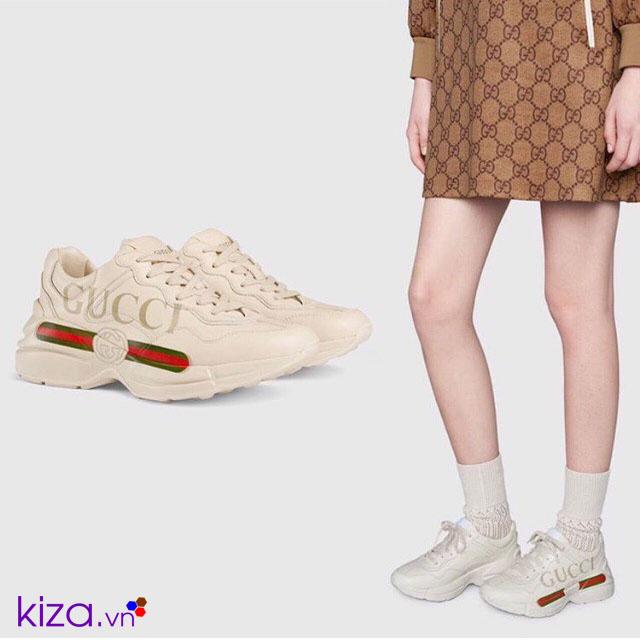 Giày gucci nữ mĩ cùng váy ngắn