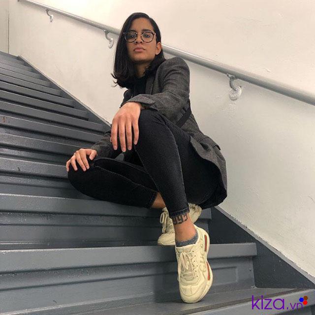 Giày gucci chunky nữ mĩ cùng jeans