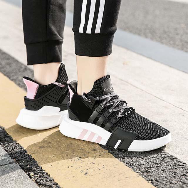 phối đồ với giày adidas eqt