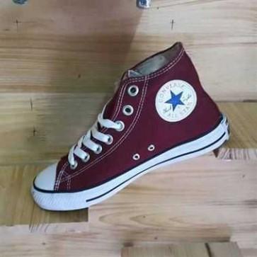 Giày Converse Classic Cao Cổ Màu Đỏ Mận  66